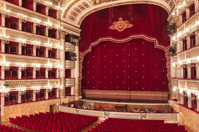teatro-san-carlo-3.jpg