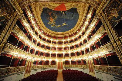 teatro-verdi-salerno-1.jpg