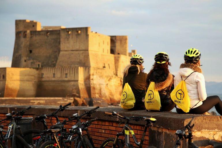 tour-bicicletta-elettrica-napoli.jpg