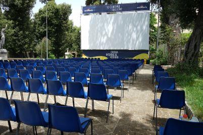 villa-bruno-cinema-intorno-al-vesuvio.jpg